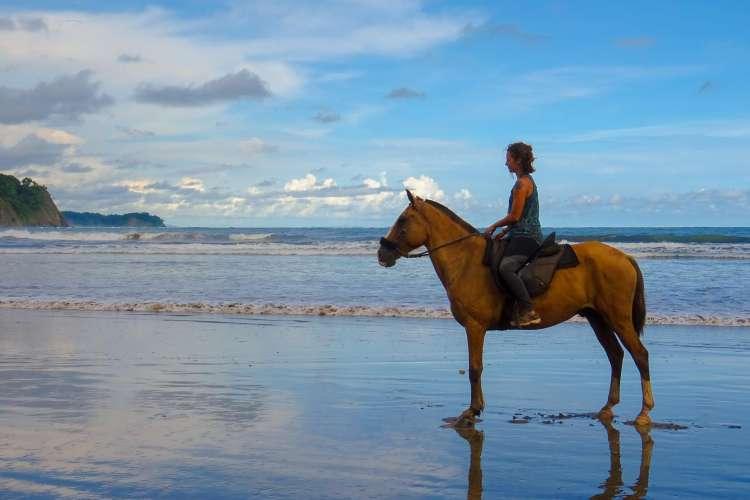Zihuatanejo Kayaking & Horseback Riding | Pacific Tours Ixtapa. Horseback Riding and Kayaking in Ixtapa Zihuatanejo a great activity not to be missed while visiting Paradise. We horseback in Playa Larga beach and do kayaking in Barra de Potosi in Ixtapa Zihuatanejo Mexico. Things to do in Ixtapa Zihuatanejo